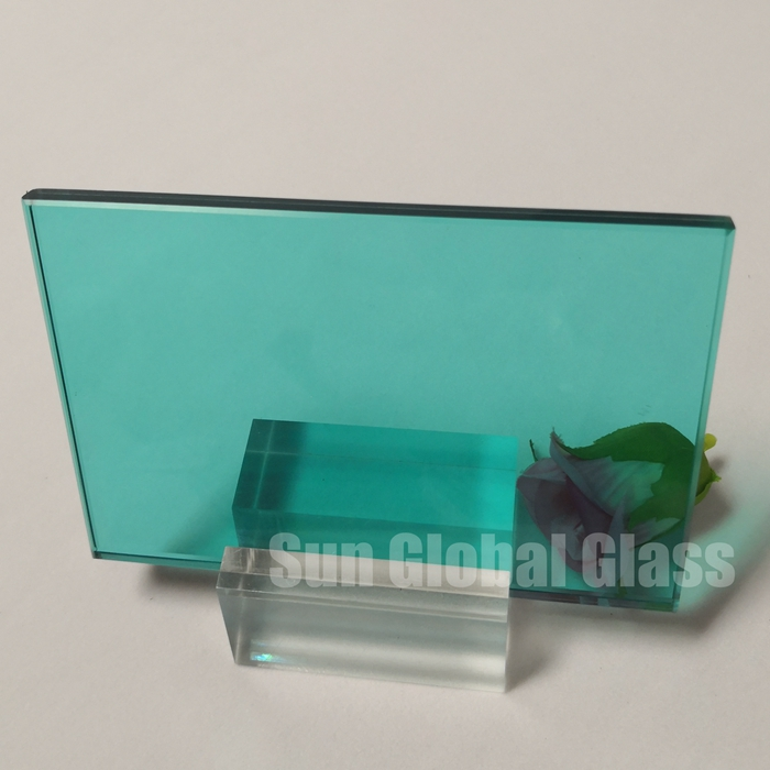 Blue green laminated glass