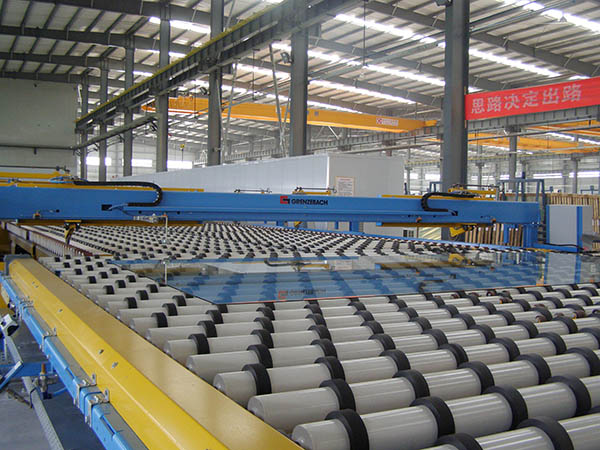 Production line of 5mm dark grey float glass