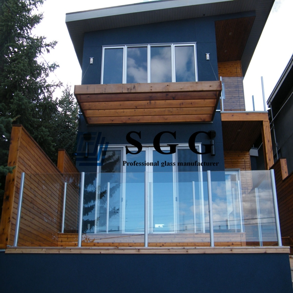 Tempered glass balustrade
