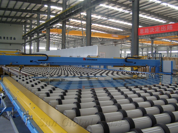 ultra clear float glass production