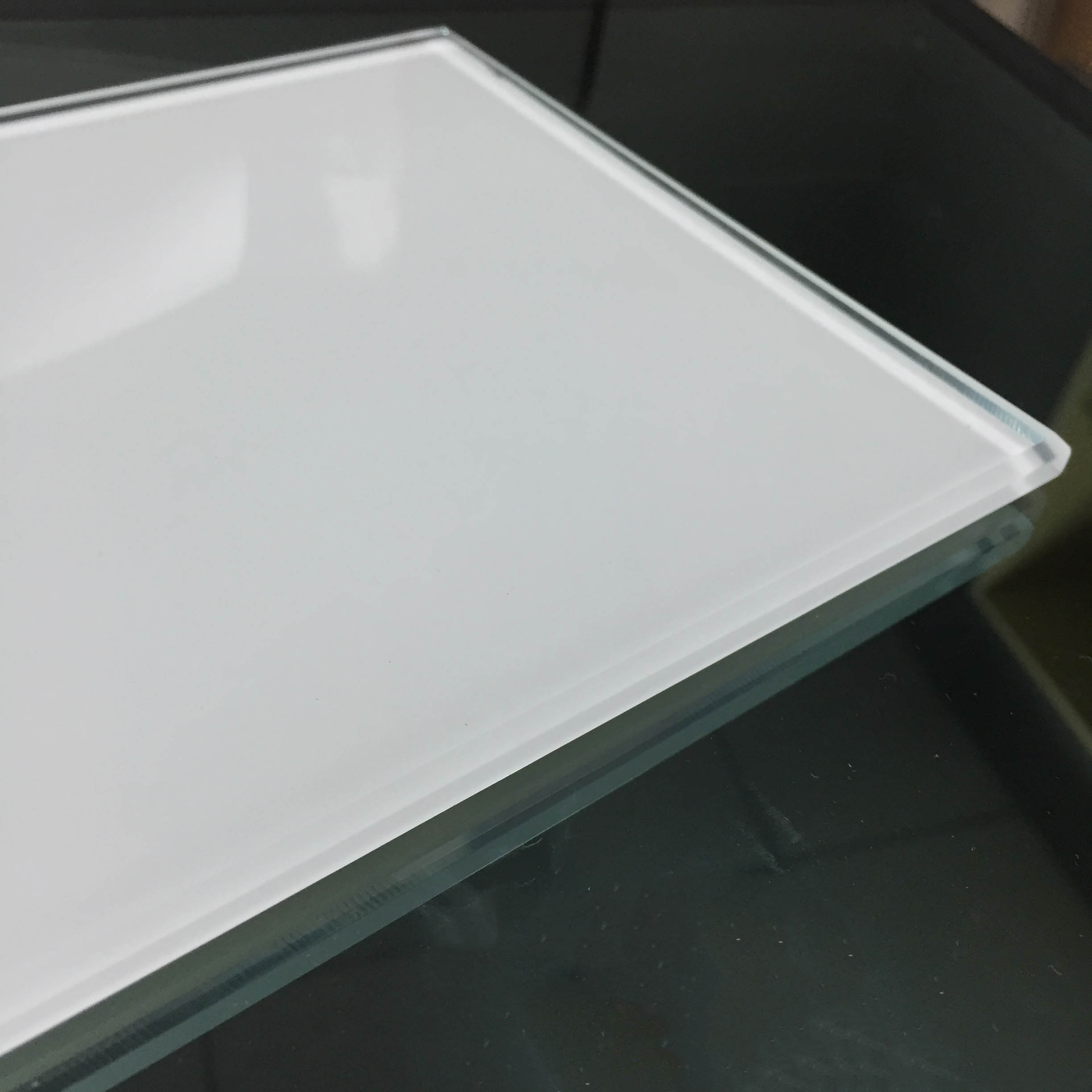 10mm silk screen toughened glass