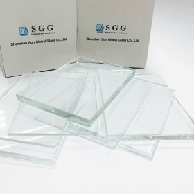 China 10MM Ultra Clear Float Glass Panels, 10MM Low Iron Float Glass Sheets, 10MM Starphire Glass Supplier factory