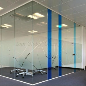 China 13.52MM Linum Printed Low Iron Tempered Laminated Glass Partition,664 Extra Clear  VSG ESG Safety Glass Wall factory