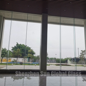 China 25.52mm low iron tempered laminated glass fins, 12+1.52 interlayer +12 ultra clear toughened laminated glass fins, 1212.4 extra clear ESG VSG for facade factory