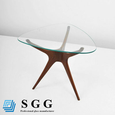 How to cut complex shapes of custom glass table tops?