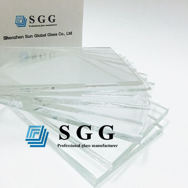 What is the advantages of low iron tempered glass used for curtain wall?